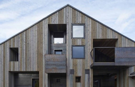 """Peter Kostelov and Aleksey Rosenberg's House in Dukhanino is a recent example of the resurgence of contemporary wooden architecture in Russia and the growing """"sense of local, regional or national identity."""" (Image via calvertjournal.com)"""