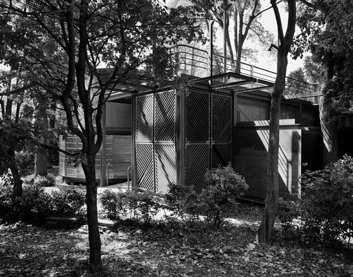 Seok Chul Kim and Franco Mancuso, Korean Pavilion, Venice, 1995; photo by Gabriele Basilico / © Gabriele Basilico