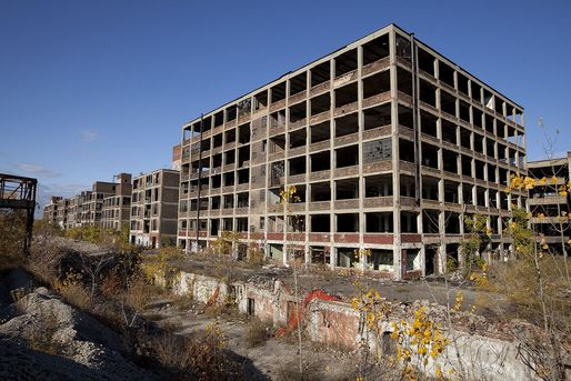 Detroit's largest vacant industrial site: the Packard Automotive Plant comprises 47 buildings spread across 40 acres. (Photo: Albert Duce/Wikipedia)