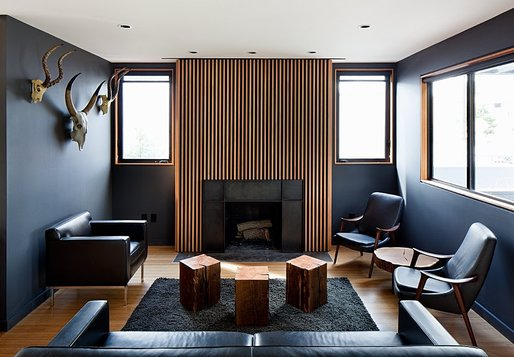 Hollywood Bungalow by Walker Workshop. Photo © Walker Workshop