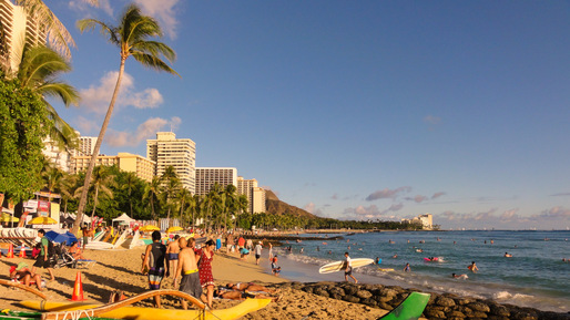 An estimated 500,000 gallons of sewage spilled into the ocean at Waikiki Beach, one of the most famous beaches in the world. Credit: Wikipedia