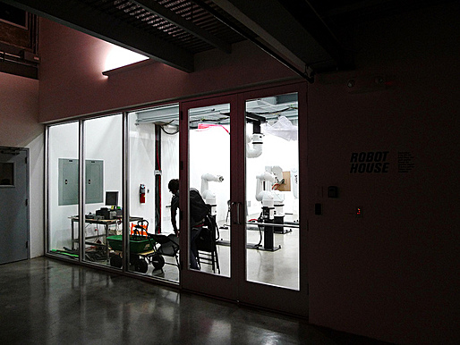 SCI-Arc Robot House storefront, photo by: Orhan Ayyuce