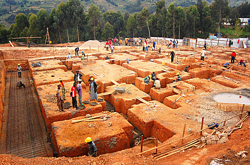 Earthen formwork for foundations. (Photo courtesy of MASS Design Group)