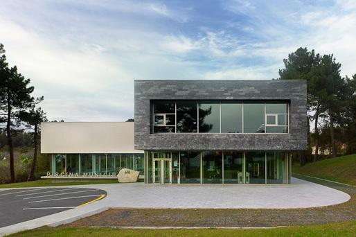 swimming center in oleiros estudio de arquitectura naos