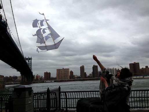 Sailing ship kite prototype (2013). Image courtesy Emily Fischer.