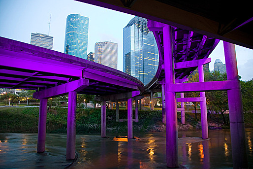 Buffalo Bayou Promenade, Houston, TX; Photographer: Tom Fox