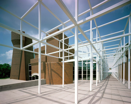 Peter Eisenman, Wexner Center for the Arts, The Ohio State University