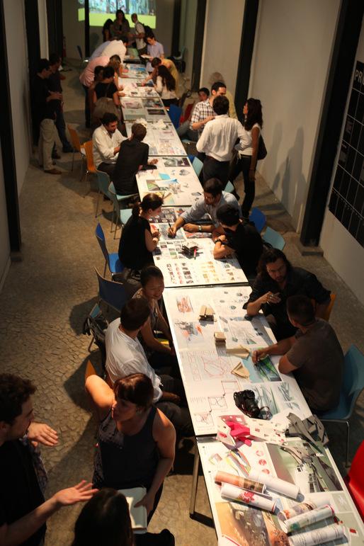 Students at Studio X in Rio de Janeiro. Image courtesy of GSAPP.