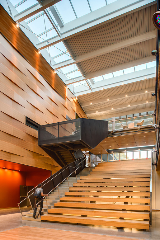 Winning projects of the 2014 u s wood design awards for Architecture suspendue