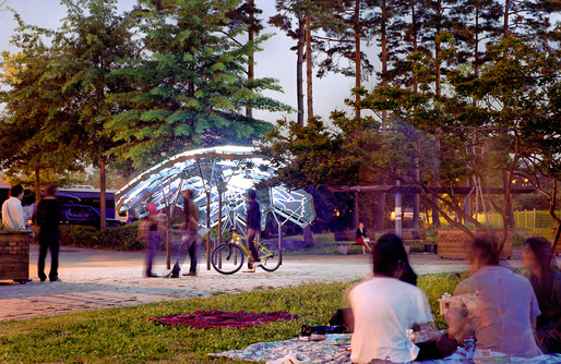 The Living: Living Light, commissioned by the City of Seoul, is a permanent pavilion as a map that glows and blinks according to air quality data and public interest in the environment | photo courtesy of the firm