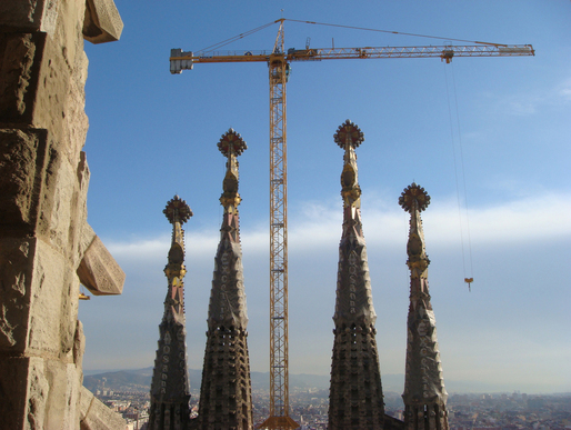 "Cranes towering over the still-unfinished Sagrada Familia in ""Sagrada: the Mystery of Creation."" Credit: First Run Features"