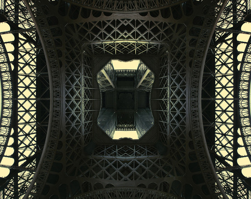 The Iron Lady (The Eiffel Tower, Paris 2011) © Simon Gardiner