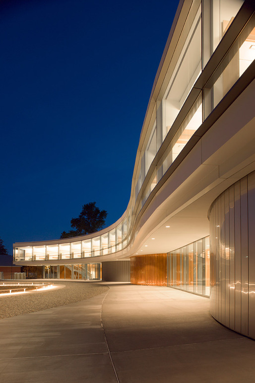 Bard College - The Gabrielle H. Reem And Herbert J. Kayden Center For Science and Computation, Architect: Rafael Viñoly Architects, P.C. © Brad Feinknopf