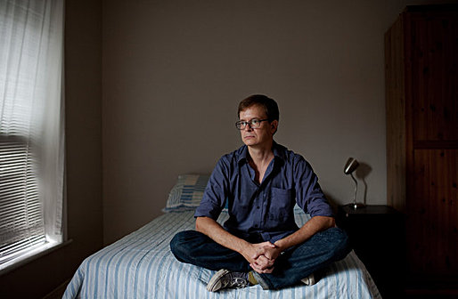 """""""If you want to get your foot in the door on a studio picture, you have to suck it up and do an unpaid internship."""" ERIC GLATT, 42 An accounting intern for """"Black Swan."""" (Photo by Marcus Yam for The New York Times)"""