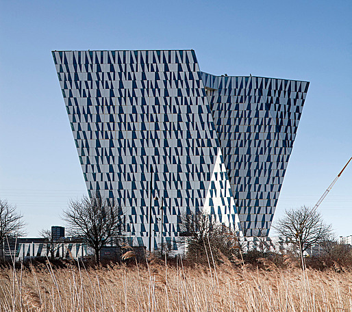 The new Sky Bella Hotel in Copenhagen by 3XN (Photo: Adam Mrk)