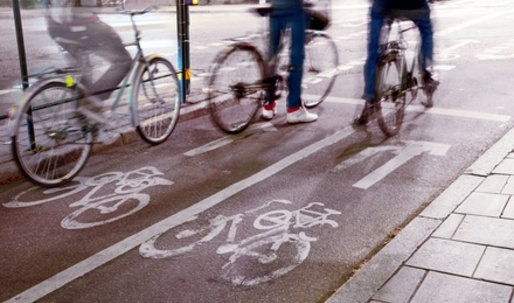Dedicated Bike Lanes Can Cut Cycling Injuries in Half
