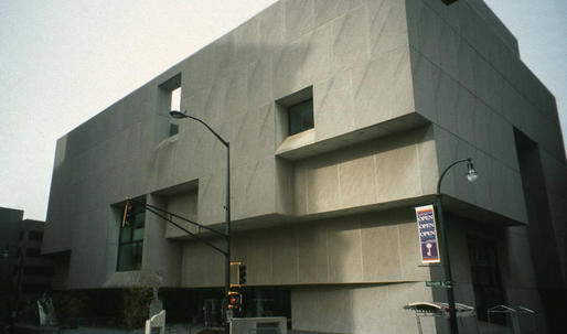 Breuer's Brutalist library in downtown Atlanta faces demolition