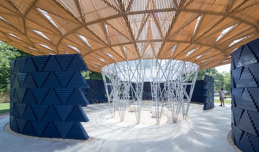 Diébédo Francis Kérés Tree-Inspired Serpentine Pavilion Fuses Cultural African References with British Construction