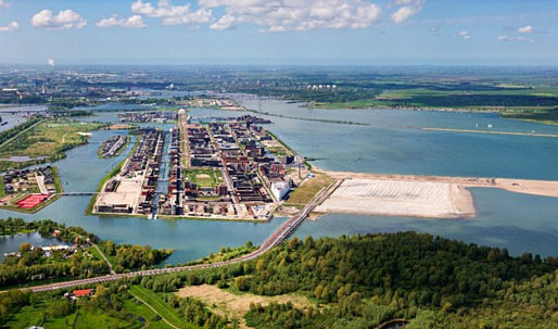 Amsterdam's ambitious IJburg housing project on 10 artificial islands keeps growing