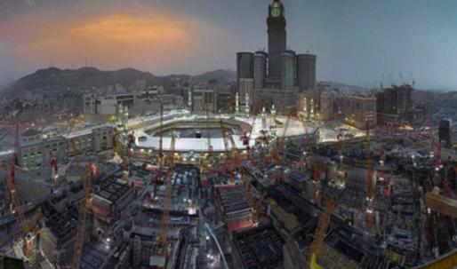 Leading Saudi artist focuses on the modernisation of Mecca and Jerusalem