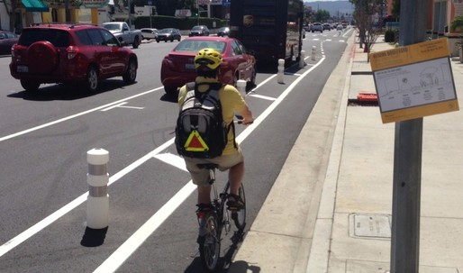 LA Gets its First Parking-Protected Bike Lanes
