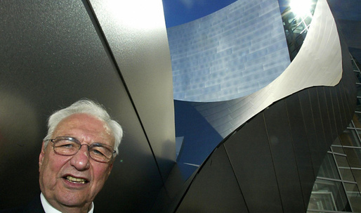 Frank Gehry's iconic Disney Concert Hall turns 10