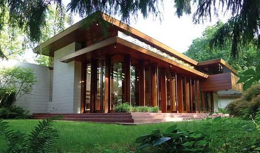 Frank Lloyd Wright's 'Usonian' house rises again in Arkansas