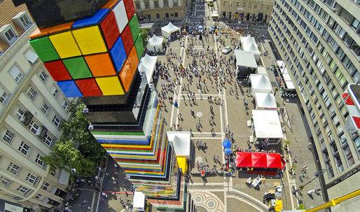 Amazing LEGO Creation Breaks World Record in Budapest