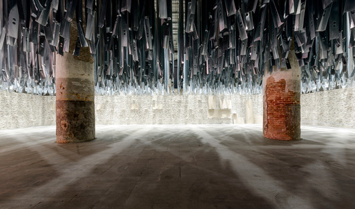 "Aravenas discomforting Venice Biennale: taking on ""Reporting from the Front"""