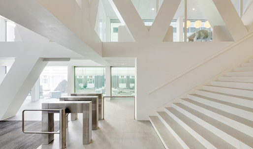 Wiel Arets Architects completes the AvB Tower in The Hague