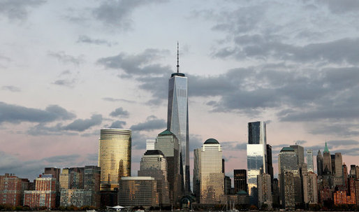 Michael Kimmelman Reviews 1 World Trade Center