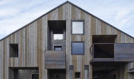 Contemporary wooden architecture celebrates revival in Russia and Ukraine