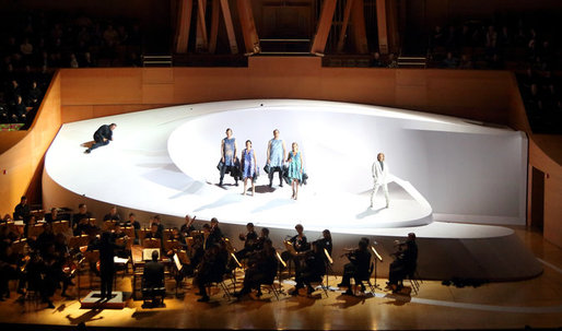 At Disney Concert Hall, Hadid Picks Up on Gehry's Tune