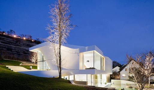 UNStudio completes Haus am Weinberg
