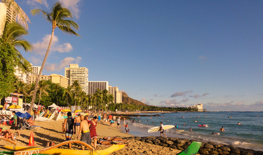Waikiki Beach closed after heavy rains cause sewage spills