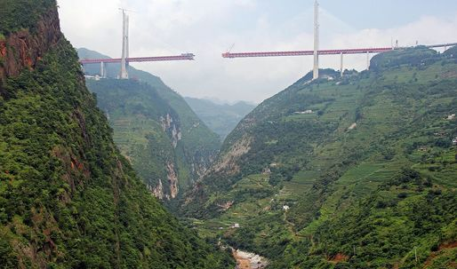 The 'world's highest bridge' opens in China