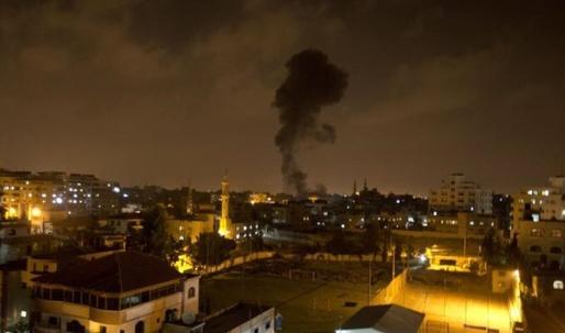 Gaza attacks: Lethal warnings