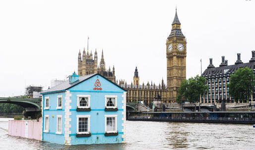 Airbnb celebrates London's Deregulation Act with floating house on River Thames