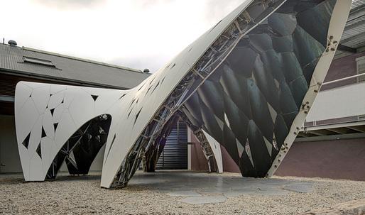 "A closer look at AR-MA's ""Trifolium"" digital pre-fab pavilion in Sydney"
