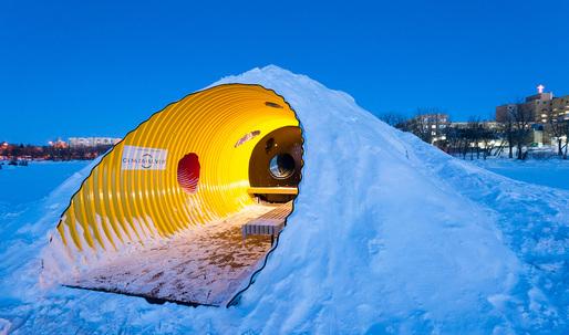 """The Hole Idea"" celebrates the simple joys of creating ""spontaneous architecture"""