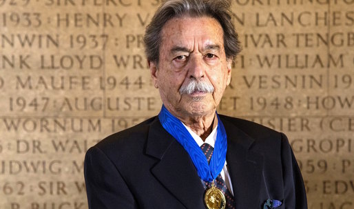 Paulo Mendes de Rocha Awarded Royal Gold Medal by RIBA