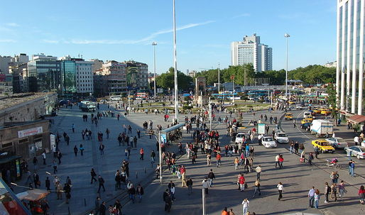 Plans to redevelop Taksim Square cancelled by judge