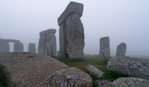 New standing stones discovered near Stonehenge