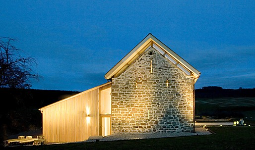 Hillcott Barn by RRA