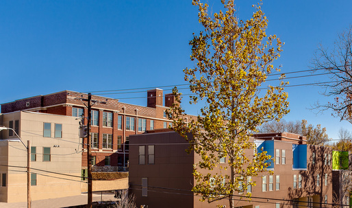 "Brad Pitts ""Make It Right"" opens LEED-platinum housing complex in Kansas City"