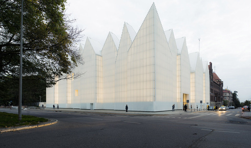 Philharmonic Hall of Szczecin scoops up the 2015 Mies van der Rohe Award