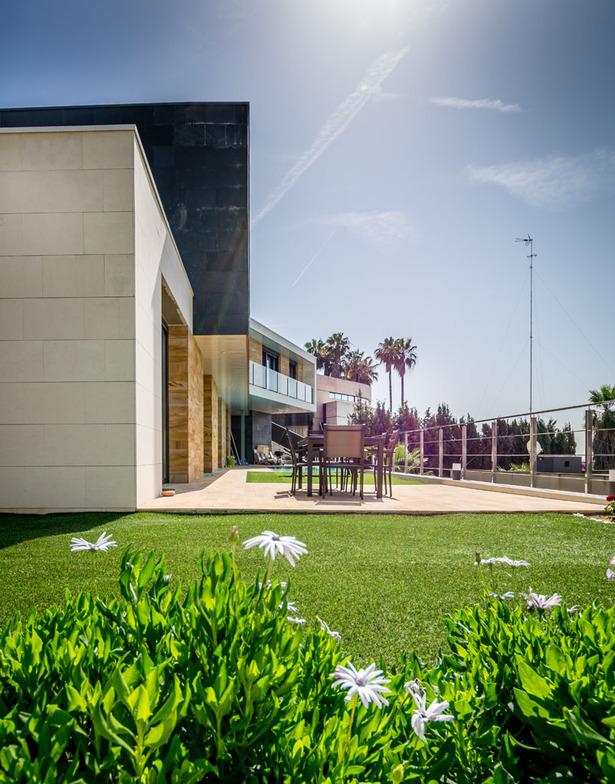 Garden view - E House
