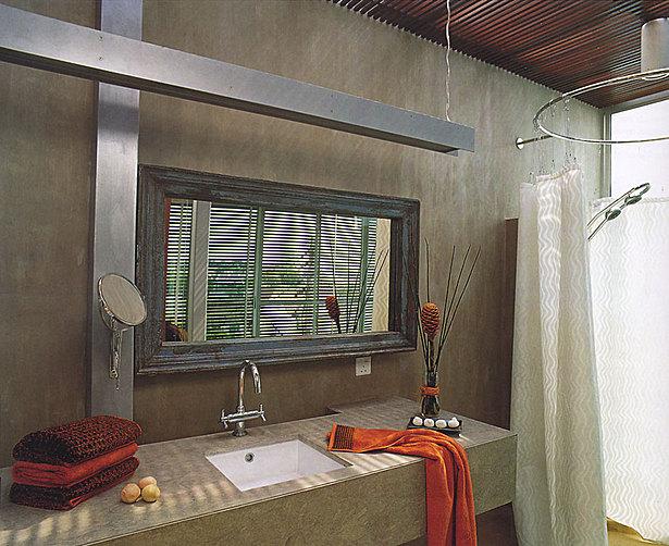 Master bathroom, detail