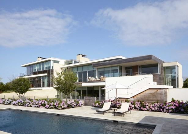 Exterior, pool
