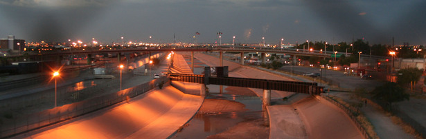 Picture taken from the top of a central pedestrian crossing between El Paso and Juarez. Note the near empty trenched river that is the border, while the near-full Franklin canal sits to the left, within the US territory.